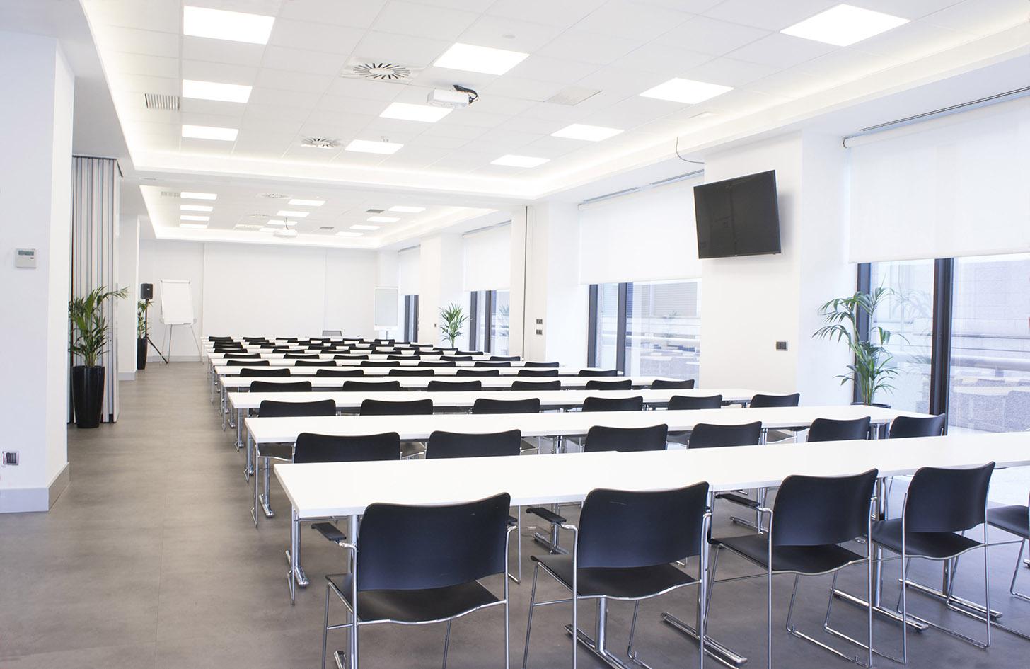 Beneficios de alquilar una sala de reuniones para formación corporativa