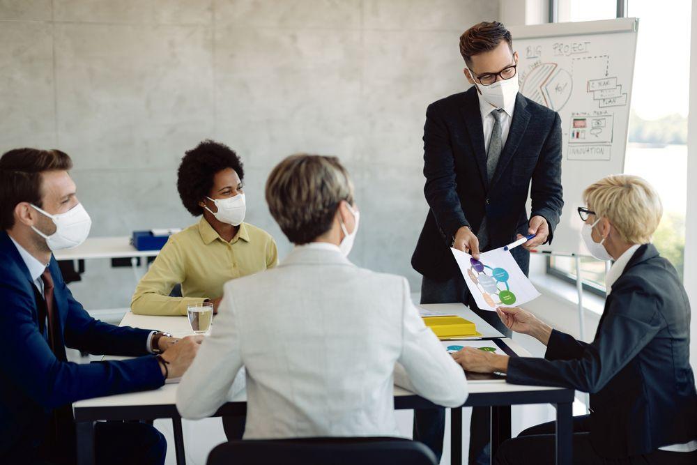 Por qué alquilar una sala de eventos y qué tipo de sala elegir